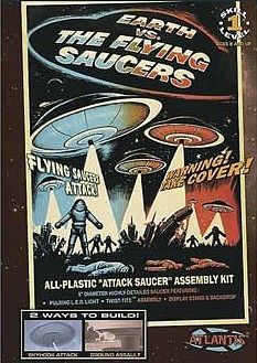 Atlantis Model Company Attack Saucer w/LED Light 5'' Dia. (New Tool) -- Science Fiction Plastic Model -- #1005