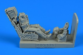 Aerobonus 1/48 F/A18E/F USN Fighter/Attack Pilot w/Ejection Seat for HSG & RVL
