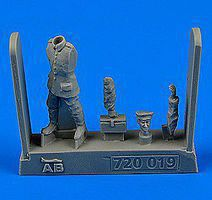 Aerobonus WWI German/Austro-Hungarian Aircraft Mechanic 1914-18 Plastic Model Accessory 1/72 #720019