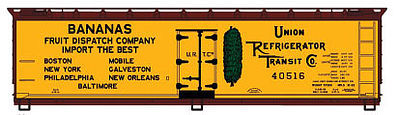 Accurail 40' Wood Reefer URTC/Bananas -- HO Scale Model Train Freight Car Kit -- #4901