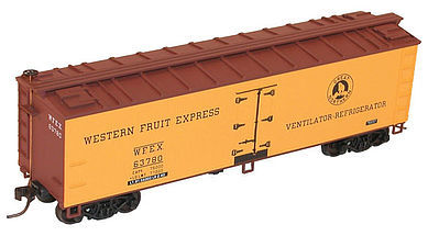 Accurail 40' Wood Reefer Western Fruit Express -- HO Scale Model Train Freight Car -- #80691