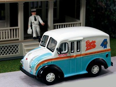 American Heritage Car Co. 1950 Delivery Truck Rueter Worth Dairy Products -- HO Scale Model Railroad Vehicle -- #87011