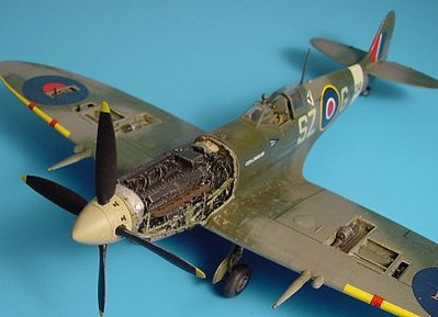 Aires Hobby Spitfire Mk IX Engine Set For a Hasegawa Model -- Plastic Model Aircraft Accessory -- 1/48 -- #4210