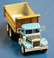 Alloy-Forms Autocar Kit w/Disc Wheels Dump Truck w/12 Heil Dump Bed