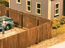 American-Models Wood Privacy Fence Kit - 120 Scale Feet Total HO Scale Model Railroad Building Accessory #334