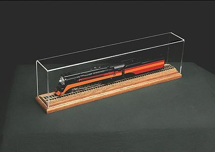 American-Plastics 24Display Case w/OakBase