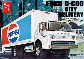 AMT Ford C600 Pepsi City Delivery Truck Plastic Model Truck Kit 1/25 Scale #804