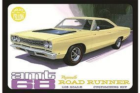 AMT 1968 Plymouth Roadrunner (Yellow) Plastic Model Car Truck Vehicle Kit 1/25 Scale #849