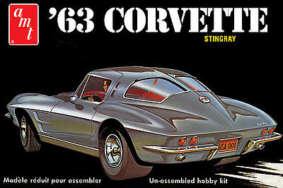 AMT/ERTL 1963 CORVETTE -- Plastic Model Car Kit -- 1/25 Scale -- #861