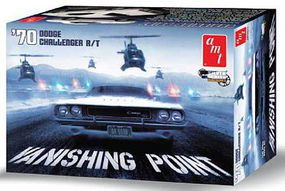 AMT Vanishing Point 1970 Dodge Challenger R/T Plastic Model Car Kit 1/25 Scale #942