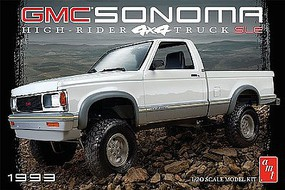 AMT 1993 GMC Sonoma 4x4 Plastic Model Truck Kit 1/20 Scale #1057-12