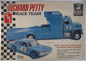 AMT 1/25 Petty Race Team Dodge Dart/Hauler Truck