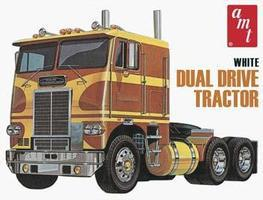 AMT White Freightliner Dual Drive Tractor Plastic Model Tractor Truck Kit 1/25 Scale #620