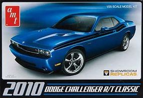 AMT 2010 Dodge Challenger R/T Classic Plastic Model Car Kit 1/25 Scale #671