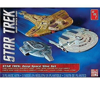 AMT/ERTL Star Trek Cadet Series Deep Space 9 -- Science Fiction Plastic Model Kit -- 1/2500 Scale -- #764-12
