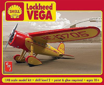 AMT/ERTL Shell Oil Lockheed Vega -- Plastic Model Airplane -- 1/48 Scale -- #950-12