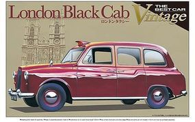 Aoshima London taxi cab Plastic Model Car Kit 1/24 Scale #00724