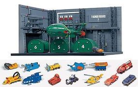 Aoshima 1/350 International Rescue Thunderbirds- Thunderbird 2 Container Dock