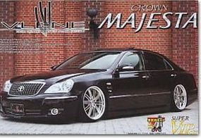 Aoshima Toyota Lexus GS450 4-Door Sedan Car Plastic Model Car Kit 1/24 Scale #47378