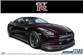 Aoshima 2009 Nissan GT-R Spec-V Plastic Model Car Kit 1/24 Scale #53171