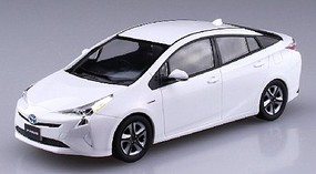 Aoshima 1/32 Toyota Prius Car (Snap Molded in White)