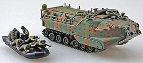 Aoshima 1/72 JGSDF AAVC7A1 RAM/RS Amphibious Assault Vehicle w/2 Boats & 12 Figures (New Tool) (DEC)
