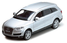 Atlas Audi Q7 Silver HO Scale Model Railroad Vehicle #30000101