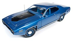 Auto World Diecast 1971 Plymouth GTX HT -- Diecast Model Car -- 1/18 Scale -- #1065