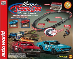 Auto-World HO Stock Car Showdown X-Traction Slot Car 13' Racing Set