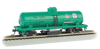 Bachmann Track Clean Tank Car Union Pacific -- HO Scale Model Train Freight Car -- #16305