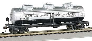 Bachmann 40 3-Dome Tank Carbon Chemicals HO Scale Model Train Freight Car #17144