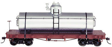 Bachmann Tank Car w/Flat Frame Painted, Unlettered (Silver) -- O Scale Model Train Freight Car -- #27198