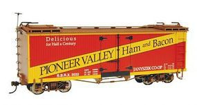 Bachmann Wood Reefer Pioneer Valley Ham & Bacon O Scale Model Train Freight Car #27403