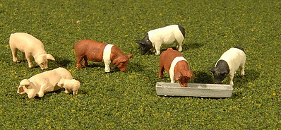 Bachmann Pigs (9) O Scale Model Railroad Figures #33168
