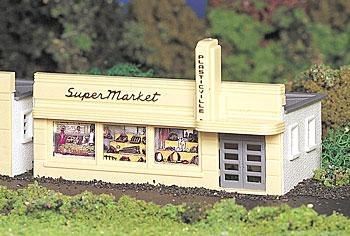Bachmann Supermarket Kit -- HO Scale Model Railroad Building -- #45141