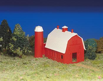 Bachmann Barn Kit -- HO Scale Model Railroad Building -- #45151
