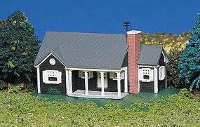 Bachmann New England Ranch House Built-Up N Scale Model Railroad Building #45814