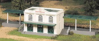 Bachmann Union Station Snap Kit O Scale Model Railroad Building #45976
