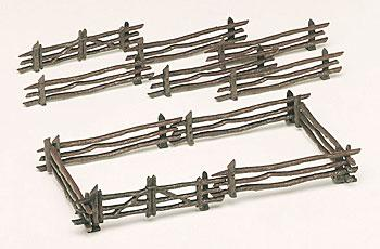 Bachmann Rustic Fence Kit (12) -- O Scale Model Railroad Trackside Accessory -- #45984