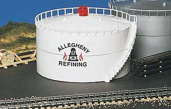 Bachmann Oil Storage Tank w/Light Allegheny Oil -- HO Scale Model Railroad Trackside Accessory -- #46219