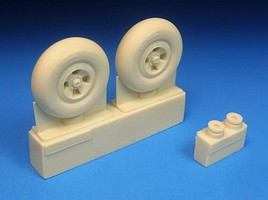 Barracuda 1/32 Spitfire 4-Slot Main Wheels, Smooth Tires for RVL (Resin)