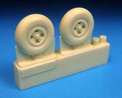 Barracuda 1/48 Spitfire 4-Slot Main Wheels, Smooth Tires for EDU (Resin)