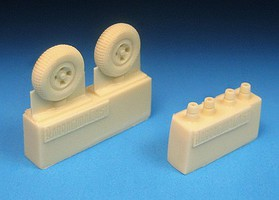 Barracuda 1/72 Spitfire 4-Slot Main Wheels, Block Tread Tires for EDU (Resin)