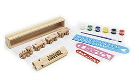 Brooklyn-Peddler Wooden 4-Car Train 2-Tone Whistle Painting Kit