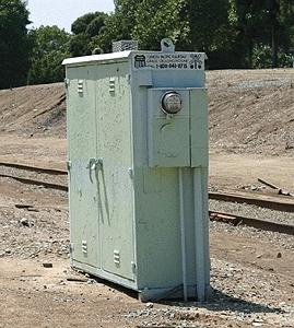 BLMS Grade Crossing Electronics Box N Scale Model Railroad Trackside Accessory #89