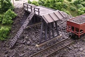 Blair-Line Truck Dump (2 Long x 1 Wide 5 x 2.5cm) N Scale Model Railroad Building #77