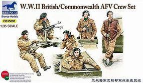 Bronco WWII British AFV Crew Set Plastic Model Military Figure 1/35 Scale #35098