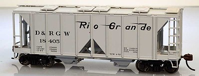 Bowser Manufacturing Co. 70-Ton Covered Hopper Open Side D&RGW #18405 -- HO Scale Model Train Freight Car -- #60078