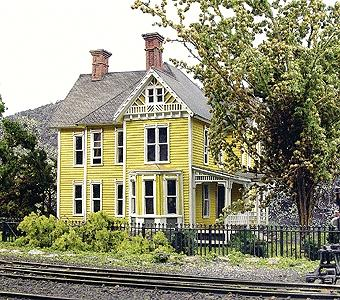 Branchline Trains Dubois House - Laser-Art - Kit -- HO Scale Model Railroad Building -- #600