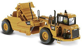 B2B-Replicas Caterpillar 613G Wheel Tractor-Scraper Assembled DM High Line Series Yellow, Black 1/50 Scale